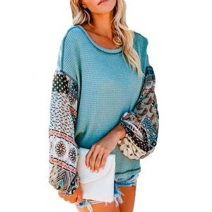 NWOT Blue boho top w blouse like long sleeves